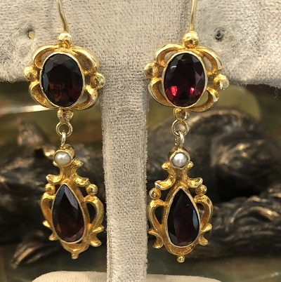image-578594-Earrings_14kt_yg_ruby_dome.jpg